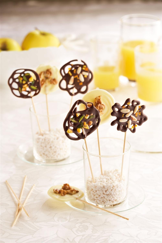 Piruletas de chocolate para una fiesta