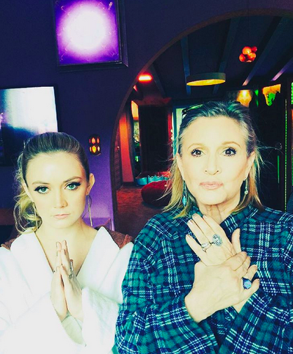 Captura de pantalla 2015-12-22 a la(s) 17.18.48. Billie Lourd