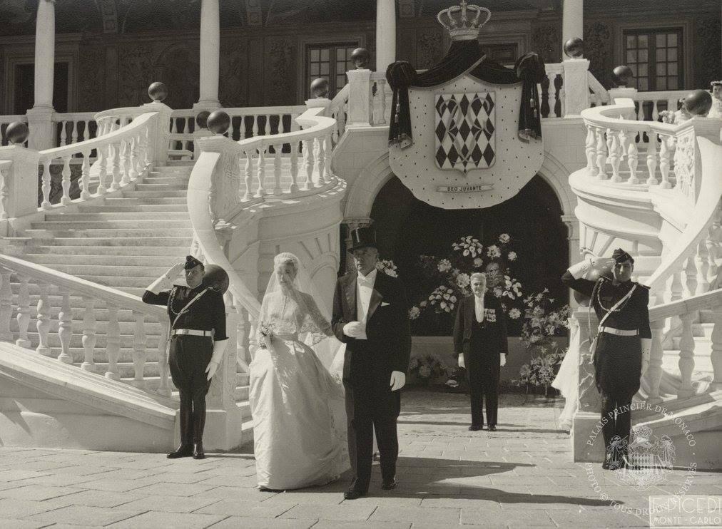 d8a21c0cf El álbum inédito de la boda de Grace Kelly y Rainiero de Mónaco