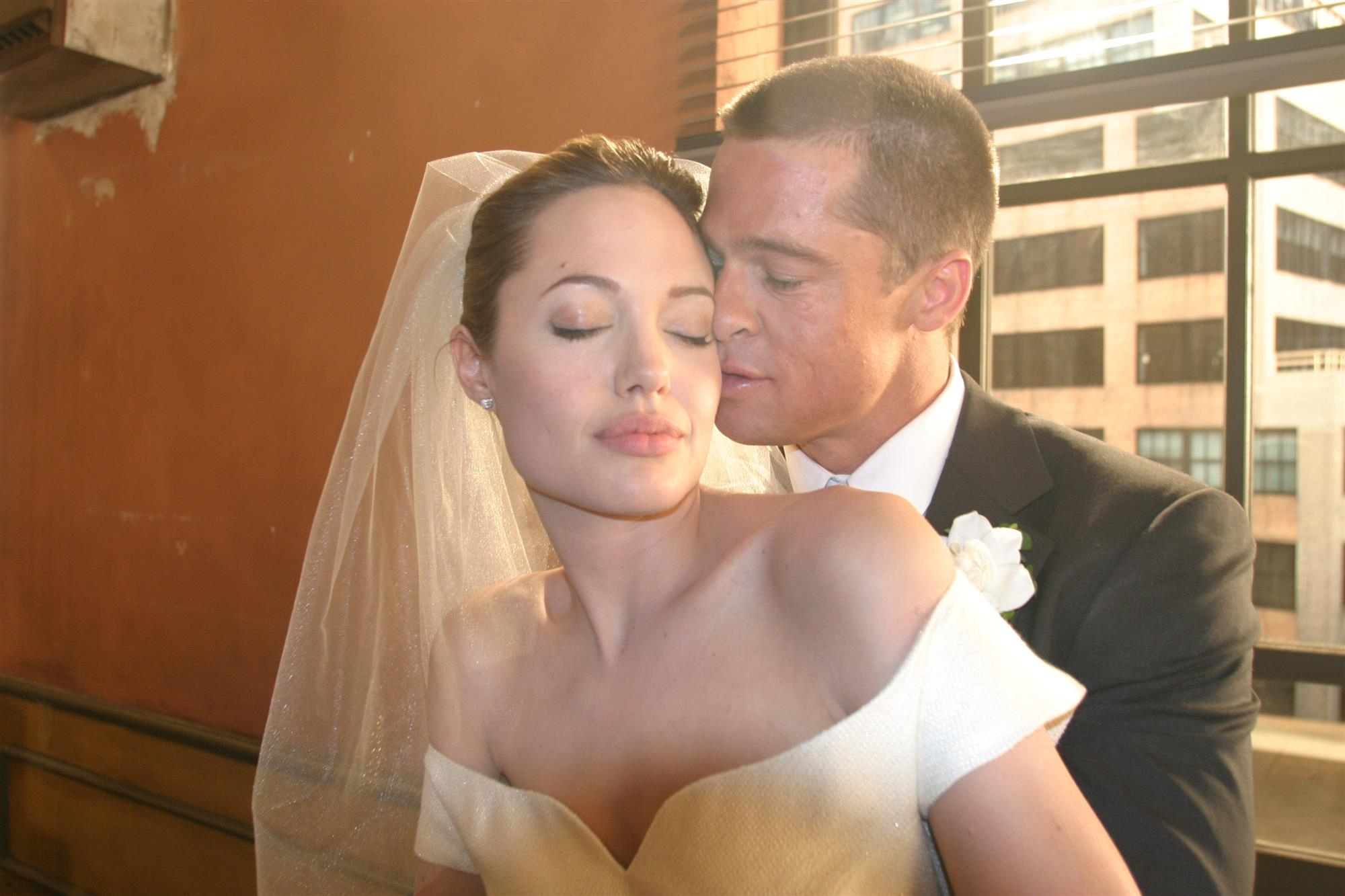 Angelina jolie hace el amor [PUNIQRANDLINE-(au-dating-names.txt) 33
