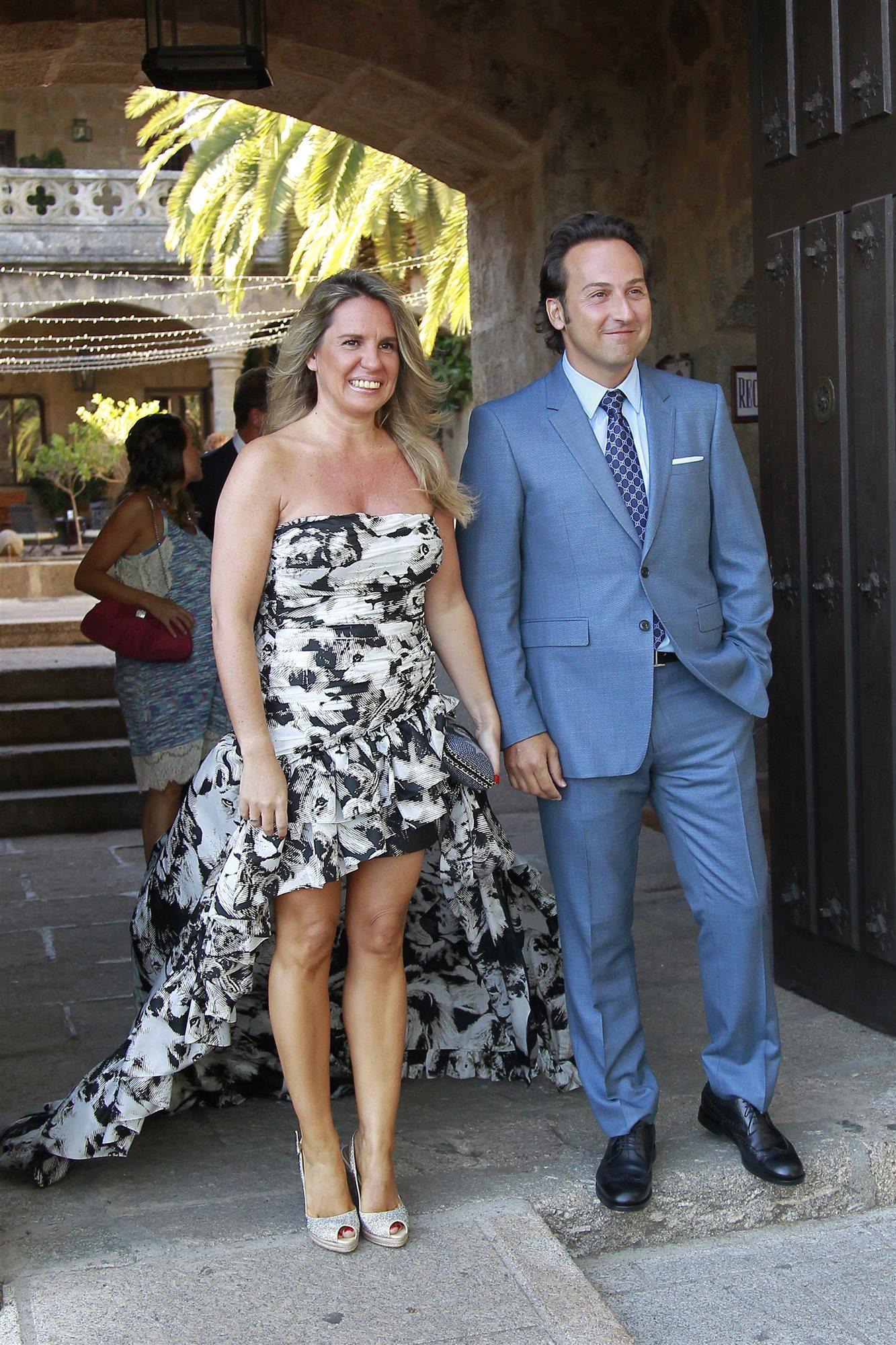 Invitados vip en la boda del hijo de ana rosa quintana for Cuarto milenio invitados