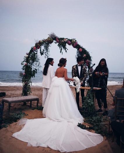 dulceida: las fotos más románticas de su boda de cuento de hadas