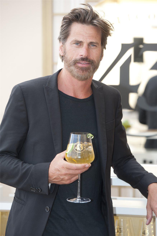 ¿Cuánto mide Mark Vanderloo? - Real height Mark-vanderloo_875x1315_96f5e1c9