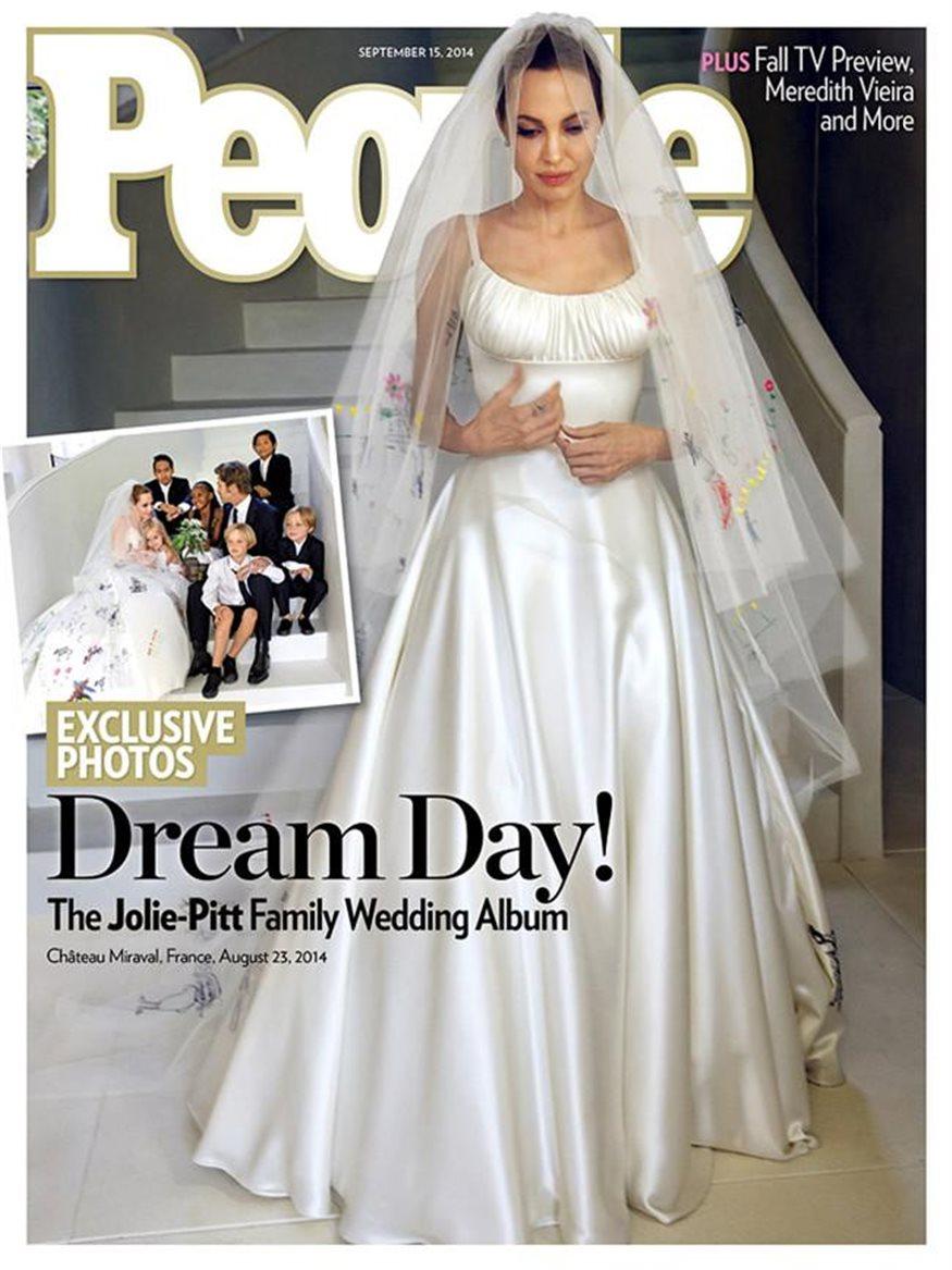 e376fb963 Los hijos pintan el vestido de novia de Angelina Jolie
