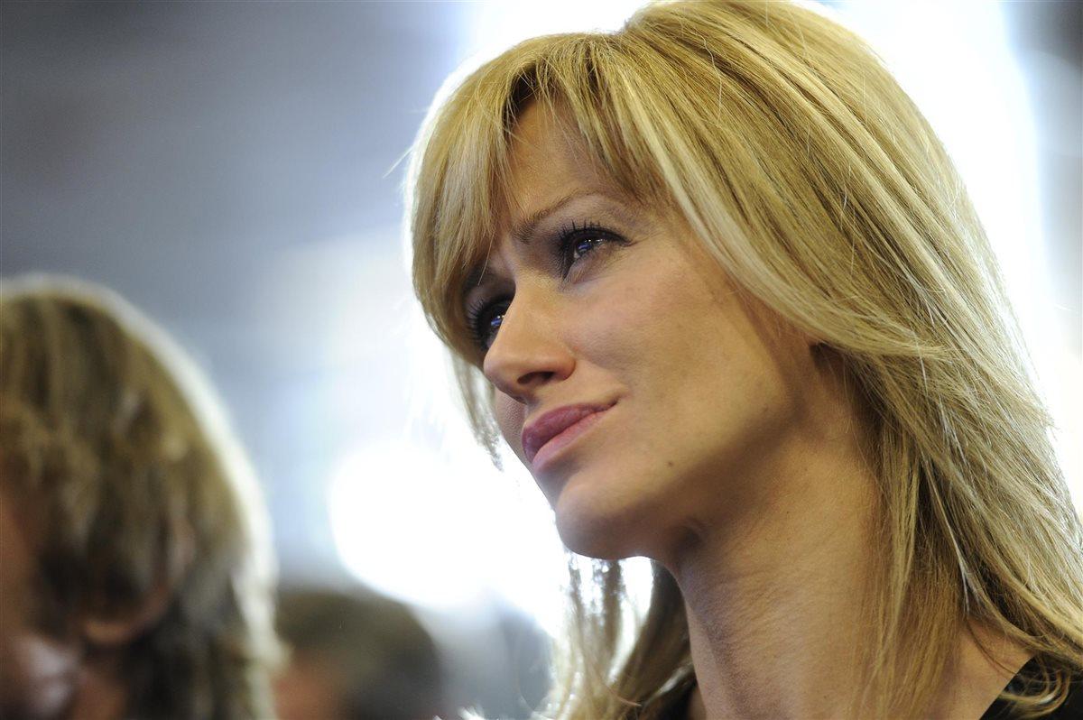 Susanna griso rota fallece su madre for Espejo publico hoy completo