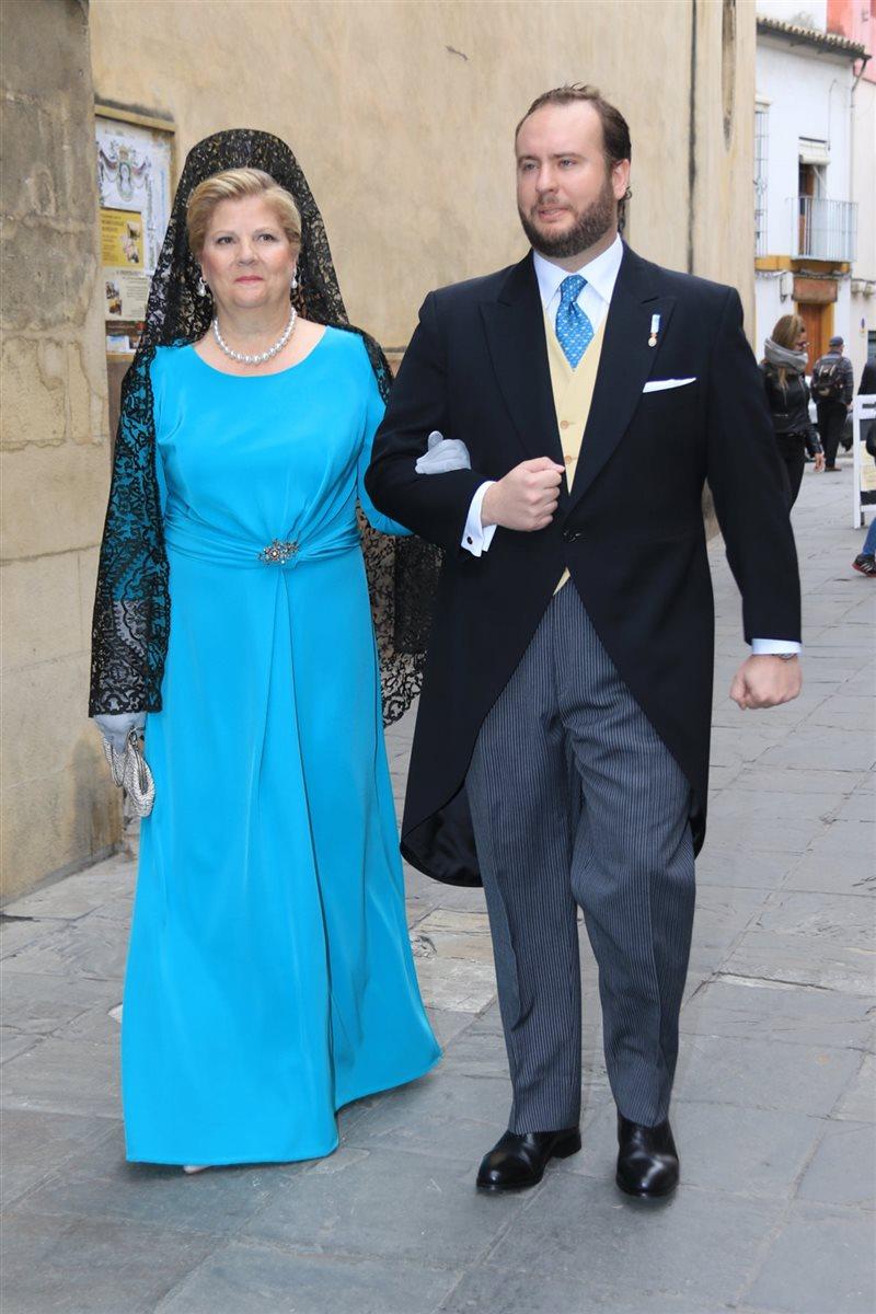 Rafael Medina, padrino en la boda de su prima Casilda