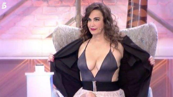 Cristina Rodríguez Enseña Sus Pechos En Instagram