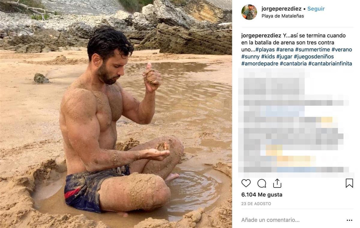 El Atractivo Guardia Civil Que Revolucionó Las Redes Se Desnuda En Ins