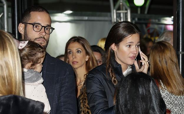 20b885f9b Malena Costa y Mario Suárez celebran su vuelta a España en Circlassica  junto con un buen