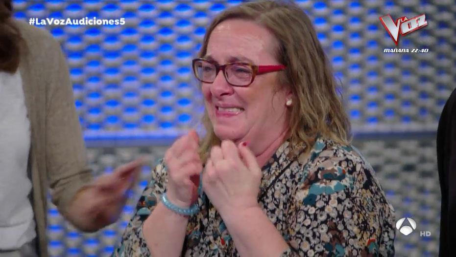 La Voz: Eva González, incapaz de reprimir las lágrimas ante el talento de un concursante