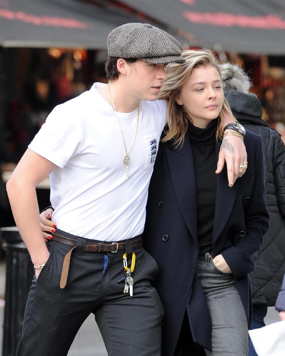 Brooklyn Beckham and Girlfriend Hana Cross Show PDA at ...  |Brooklyn Beckham