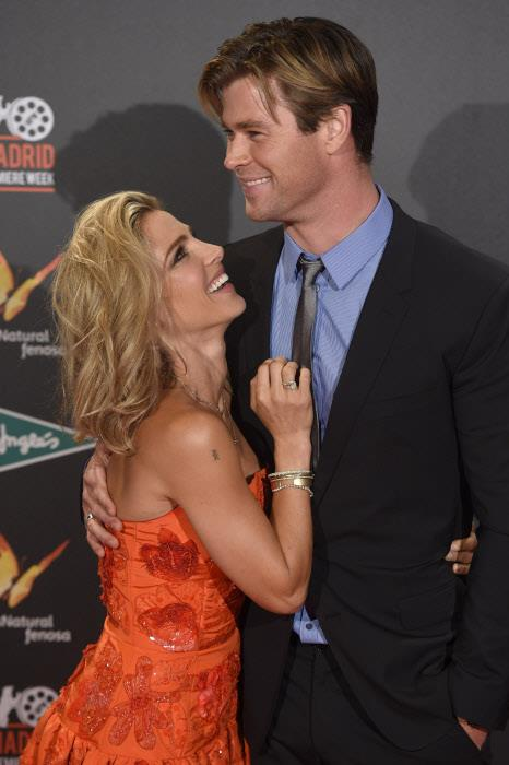 Elsa Pataky-Chris Hemsworth3