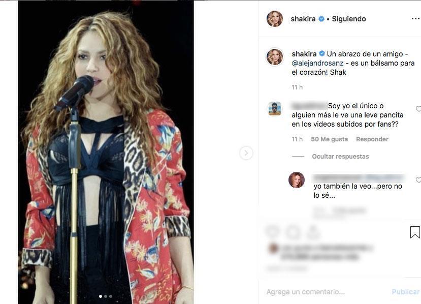 Alejandro Sanz y Shakira comparten el escenario y cantan 'La tortura'