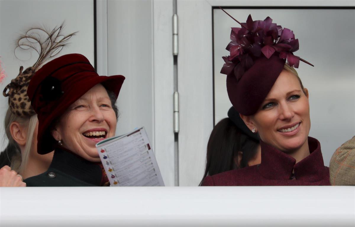 Carlos De Inglaterra Prefiere A Zara Tindall Antes Que A Kate Y Meghan