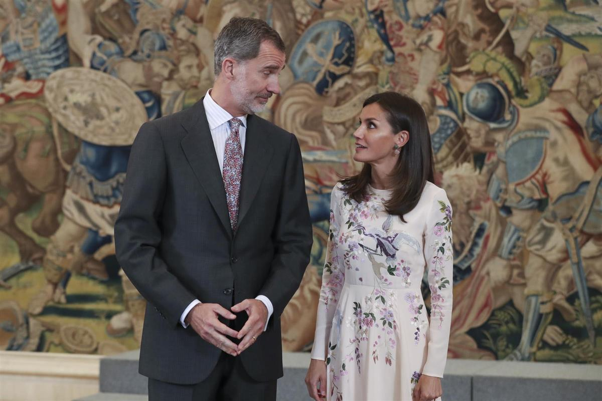 Rey Felipe no se aguanta y regaña a Letzia en importante evento
