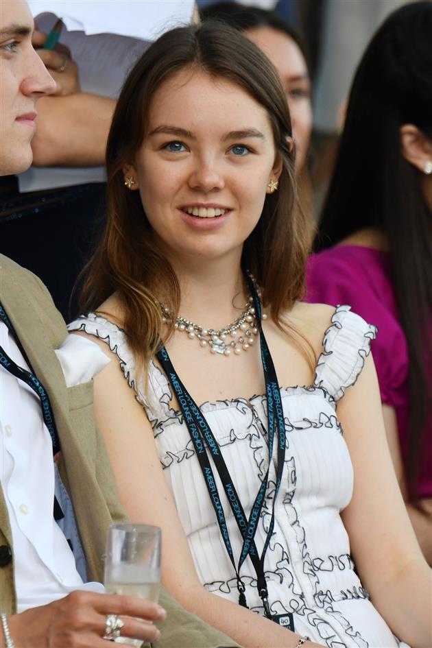Carolina, princesa de Hannover y de Mónaco - Página 6 Alexandra-de-hannover_1ddd1c07_630x945