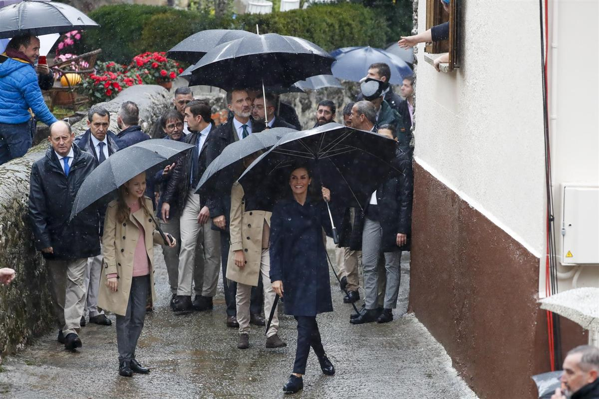 Letizia, mismo estilo distinto color