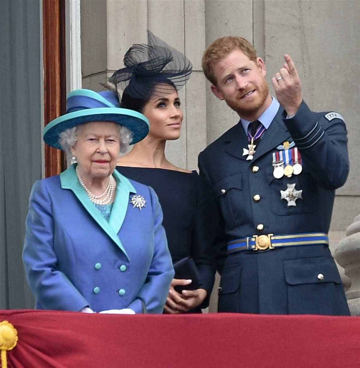 Reina Isabel Harry Meghan