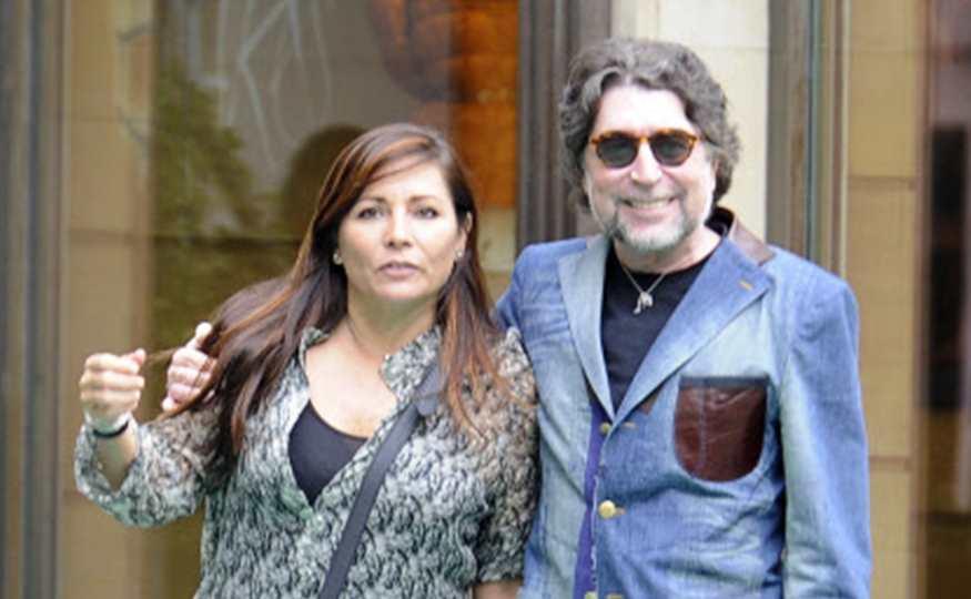 Joaquín Sabina se casa en secreto con su pareja Jimena Coronado