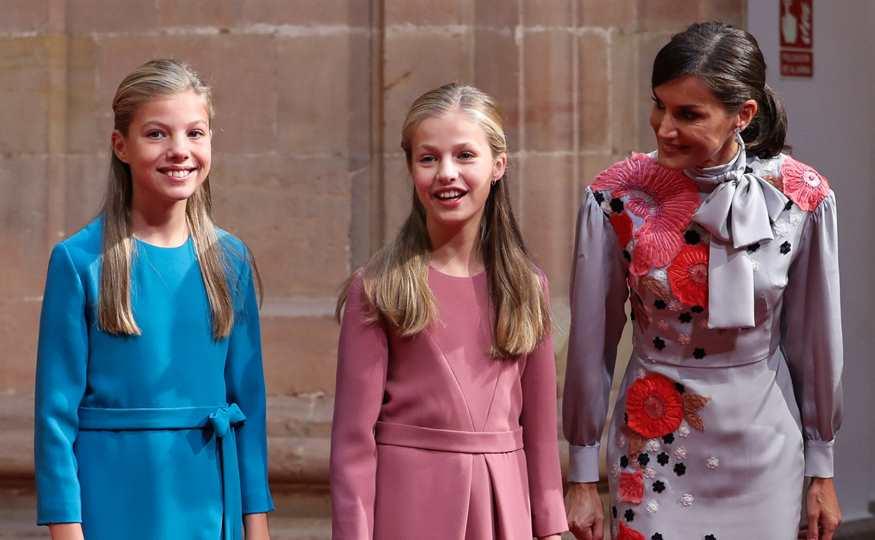 Reina Letizia: llamativo cambio de actitud con sus hijas Leonor y Sofía