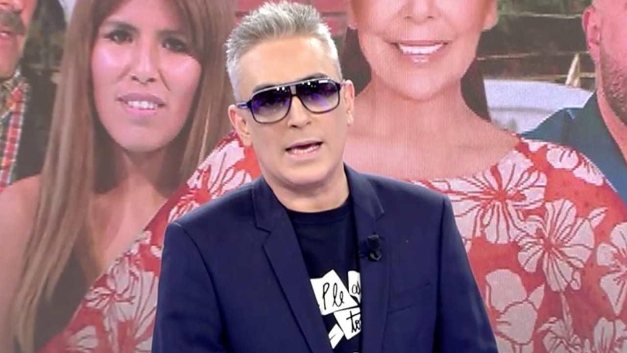 Sálvame Kiko Hernández Hace Viral Su Nueva Imagen Con Gafas De Sol Por Salud