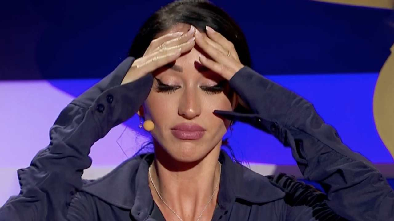 Aurah, en shock con la llamada de Jesé a 'La Casa Fuerte':