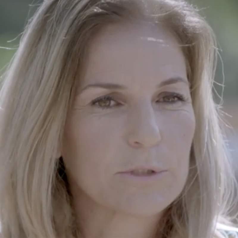 Arantxa Sánchez Vicario se rompe al hablar de sus padres: