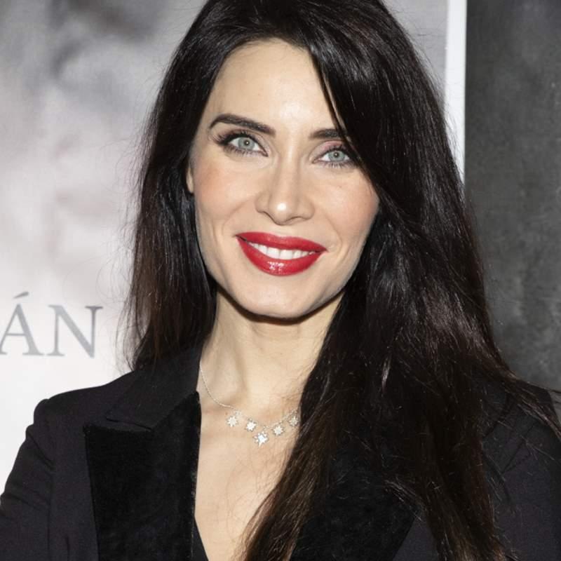 Pilar Rubio sella su look más extravagante con un peinado de MUCHA altura