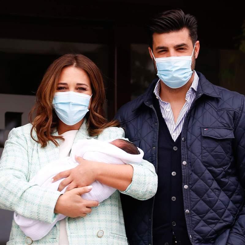 Paula Echevarría recibe el alta tras el nacimiento de su hijo, Miguel Jr