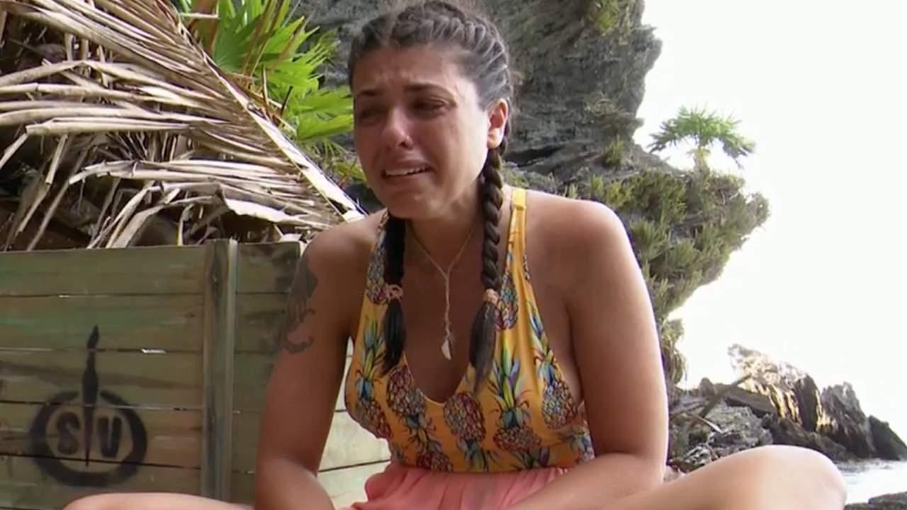Lola se convierte en la primera expulsada de 'Supervivientes 2021' y vivirá en Playa Destierro