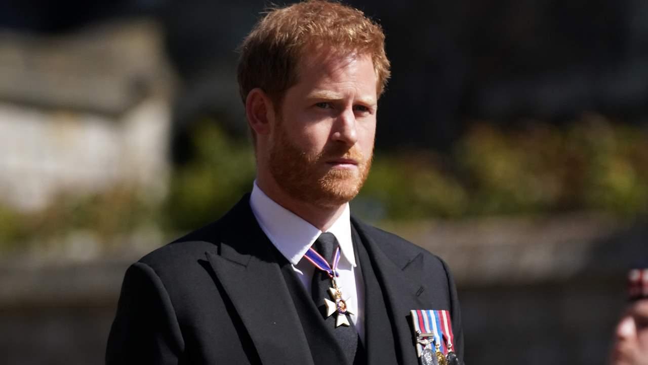 Funeral del duque de Edimburgo: El príncipe Harry reaparece en segundo plano