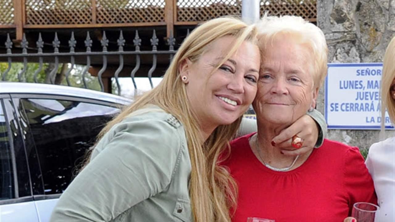Belén Esteban manda todo el cariño a su madre en el aniversario de la muerte de su padre