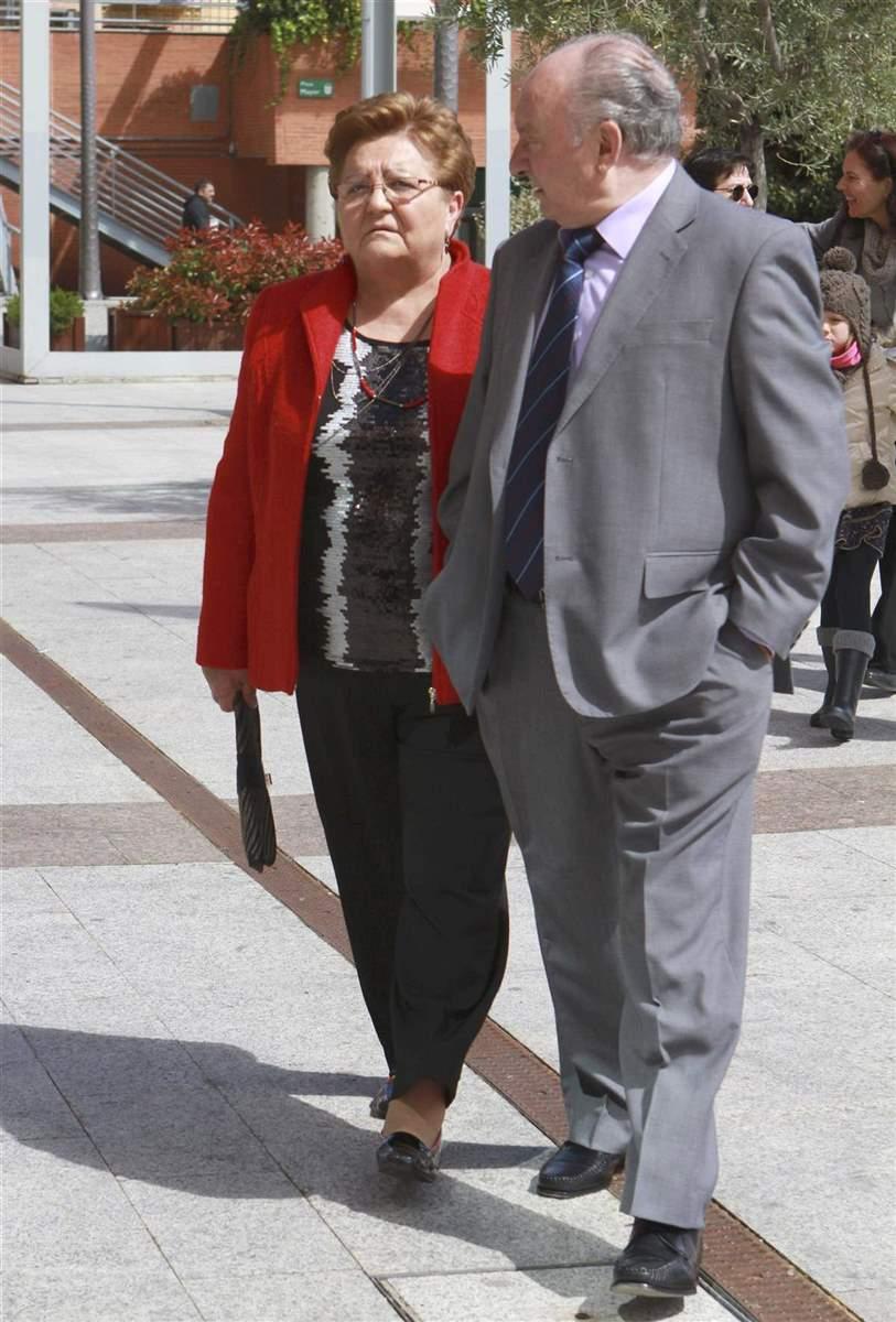 Conchi, hermana de Ortega Cano, defiende de las críticas a su hermano