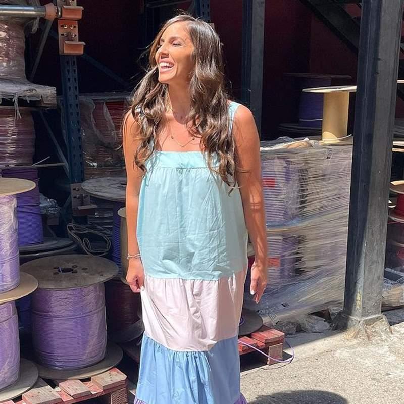 Anabel Pantoja inaugura el verano con el vestido multicolor más original de su fondo de armario