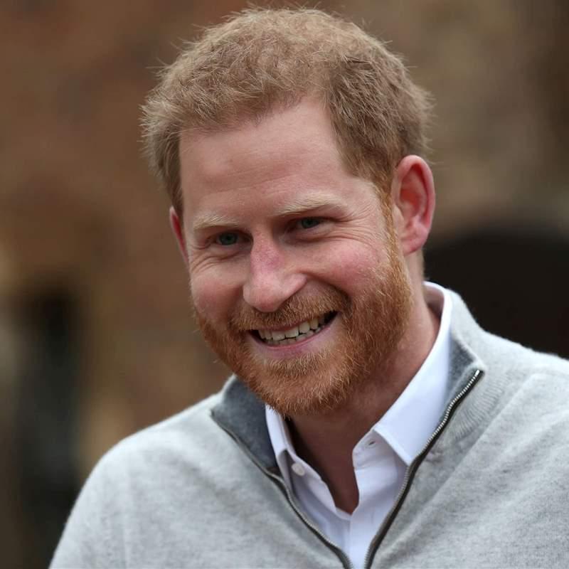 El príncipe Harry vuelve a Reino Unido con un encuentro con la reina Isabel II en el horizonte