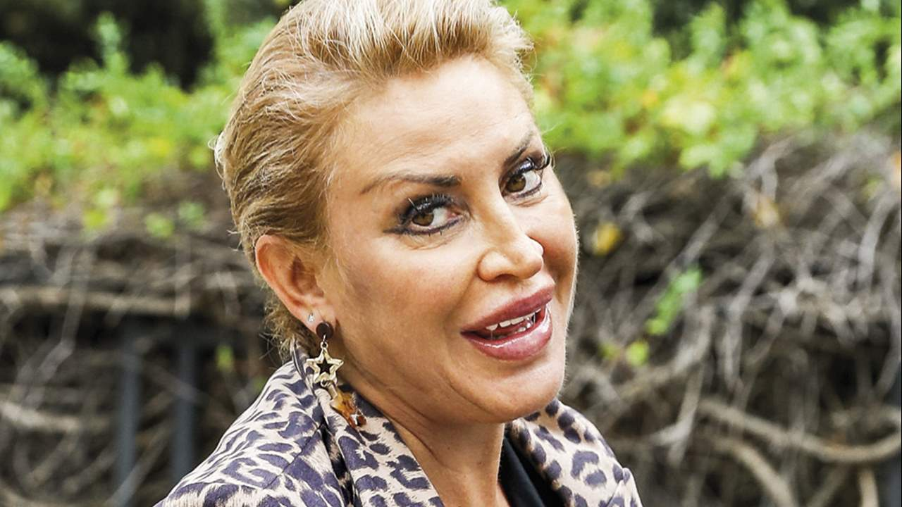 Raquel Mosquera, asfixiada por las deudas