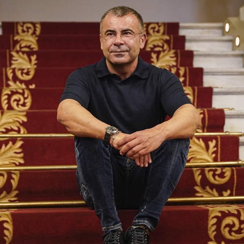 La emotiva sorpresa para Jorge Javier Vázquez por su 51 cumpleaños en el teatro