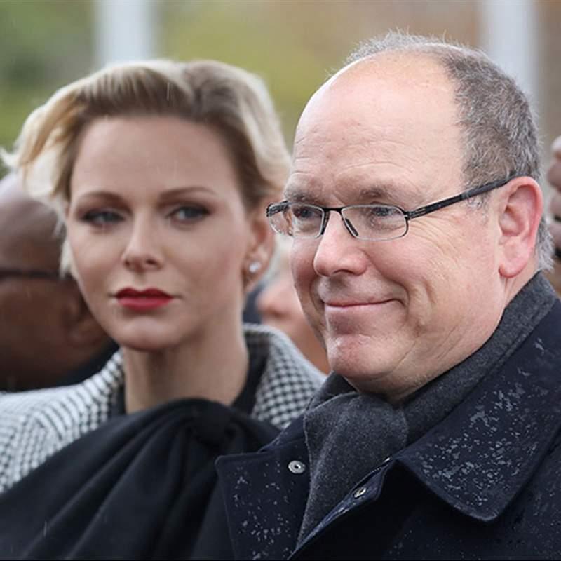 Alberto y Charlene de Mónaco fracasan en su intento de persuadir los rumores de crisis en su matrimonio